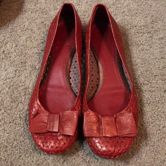 7a8f6550143 Clarks Shoes - Clark s. Red ballet flats. Size 9